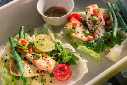 Green Salad with Paneer in Korean Sauce
