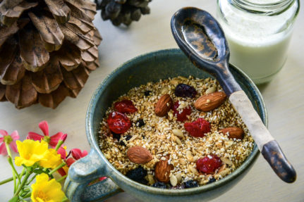 Quinoa and amaranth gluten-free muesli recipe