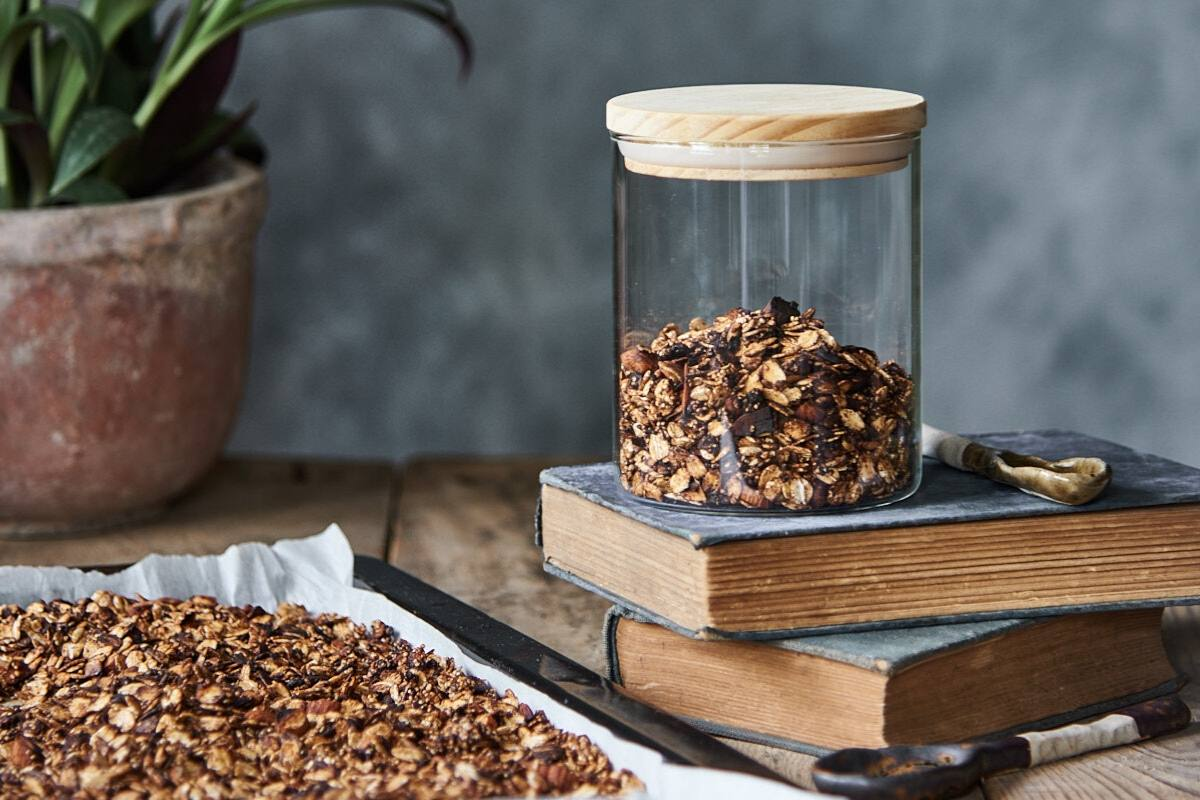 Chocolate granola DIY recipe